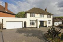 4 bedroom property in Newmans Way, Hadley Wood...