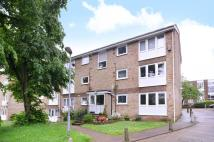 Flat in Bells Hill, High Barnet...