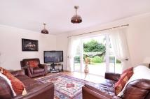 4 bed Bungalow in Belmont Avenue...