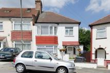 1 bed Flat in Fernwood Crescent...
