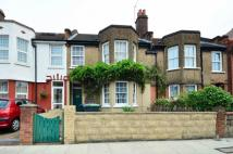 3 bed property in Southbury Road...