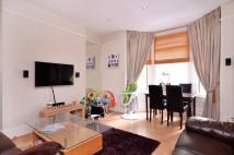 Flat to rent in Somerset Road...