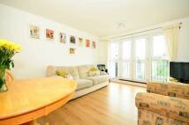 Denham Road Flat to rent