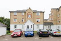 2 bed Flat to rent in Clarence Close...