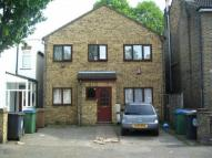 2 bedroom Flat to rent in Clarendon Road, London...