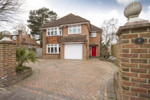 Denewood Road Detached property for sale