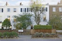 4 bedroom house in St John's Wood Terrace...