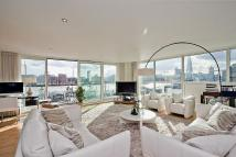 3 bed Flat to rent in Cinnabar Wharf West...