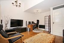 3 bedroom property to rent in Benson Quay, London, E1W