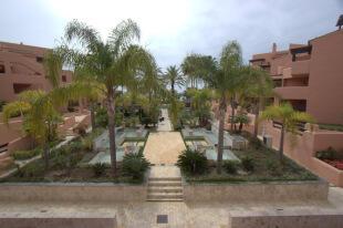 Gardens & Views