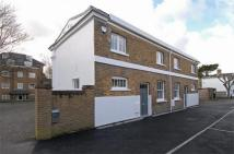 2 bed Cottage to rent in Osborne Mews, Windsor...