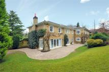 5 bedroom Detached home to rent in Kier Park, Ascot