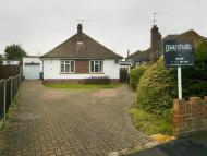 5 bed Detached Bungalow to rent in Windmill Close, Windsor...