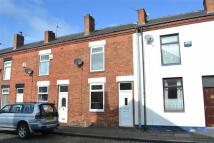 Terraced house to rent in Cambridge Street...