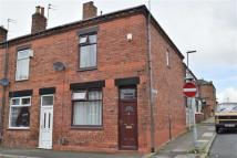 2 bedroom End of Terrace house to rent in Stanley Street, Atherton...