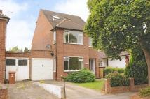 4 bed Detached property in Links Way, Croxley Green...