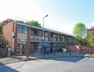 2 bed Ground Flat in Gavestone Road, Lee...