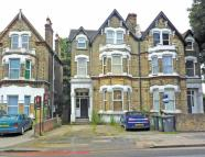Flat for sale in Catford Hill, Catford...