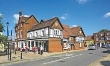 property for sale in High Street, Shefford, Bedfordshire, SG17 5DG