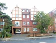 2 bedroom Flat in Trinity Court...