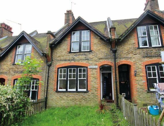 3 Bedroom Terraced House For Sale In Hooley Lane Redhill Surrey Rh1 6eu Rh1