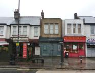 Flat for sale in Durnsford Road...