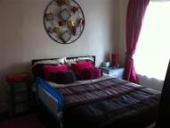 Apartment to rent in West Road, London, E15