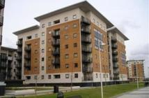 Apartment to rent in Felixstowe Court, London...