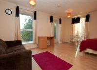 2 bedroom Apartment in PORTSMOUTH MEWS, London...