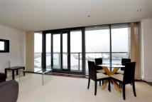 Apartment to rent in BLACKWALL WAY, London...