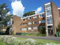 2 bedroom Apartment in Hursley Court...