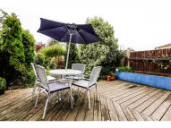 3 bed property in Merton Park/West...