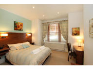Flat to rent in Niton Street, London, SW6