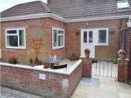 2 bed house to rent in Post Office Road...
