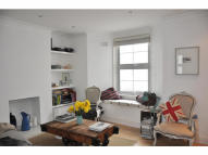 2 bed Flat to rent in Southampton Road, London...