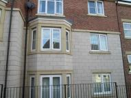 2 bed Flat to rent in Highfield Rise...