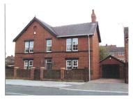 4 bedroom home to rent in Barnsley Road, Hemsworth...