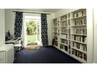 3 bed property in Reigate Road, London, BR1
