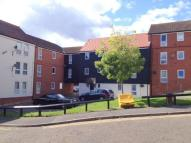 Flat in Elizabeth Way, Halstead...