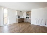 2 bed Flat to rent in Surrey Quays