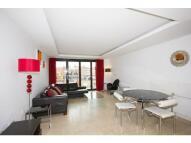 Aldgate Flat to rent