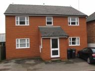 Flat to rent in Castle Street...