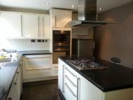 3 bed property in Echo Heights, London, E4