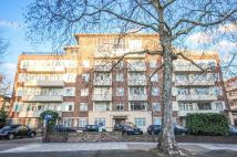 3 bedroom Flat in Maida Vale, London, W9