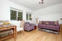 Cottage to rent in Wildwood Road, London...