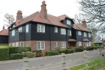 2 bedroom Flat to rent in East Wood...