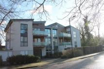 Flat to rent in Gordon Avenue, Stanmore...