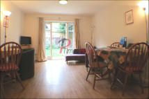 Terraced home to rent in Oakshaw Road, London...