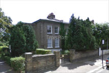 1 bedroom Flat in Wimbledon Park Road...