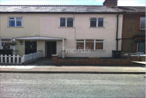 TOLWORTH ROAD Terraced house to rent